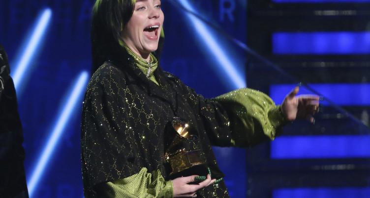 Billie Eilish triomphe aux Grammy