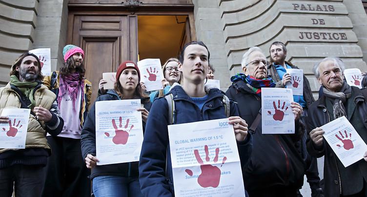 Le Tribunal de police de Genève condamne un activiste pro-climat