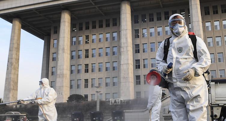 Environ 70 nouveaux décès en Chine - progression ralentie du virus