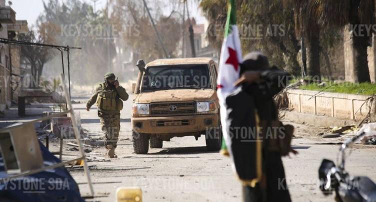 Les rebelles contre-attaquent à Idleb, le régime avance malgré tout