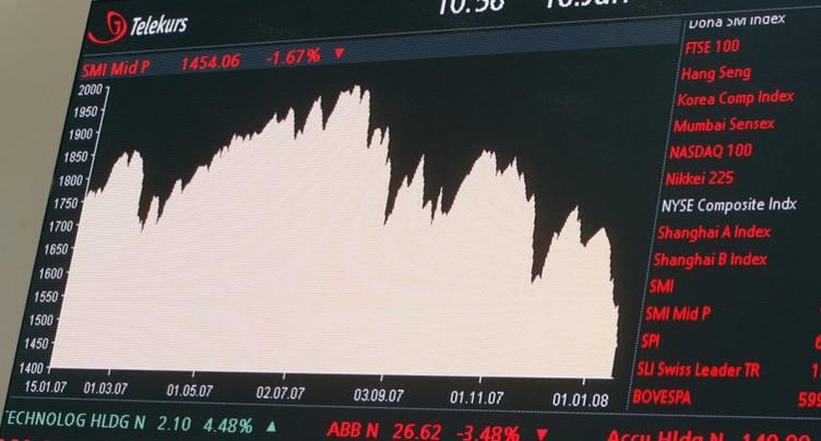 La Bourse suisse creuse ses pertes à l'approche de la mi-journée