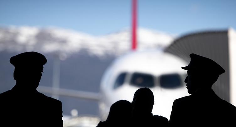 Virus: les compagnies aériennes européennes réduisent la voilure
