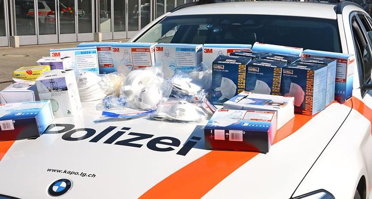 Covid-19: nouvelles arrestations pour des masques au prix multiplié