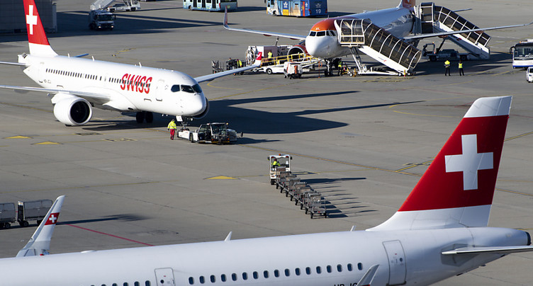 Un avion rapatrie 159 Suisses de Santiago du Chili