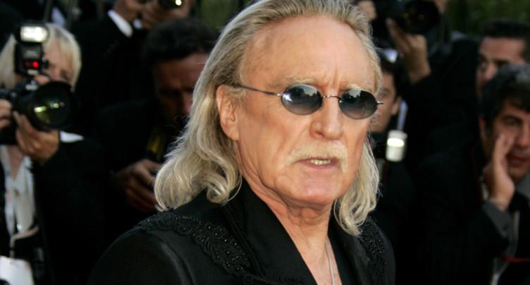 Le chanteur Christophe hospitalisé pour « insuffisance respiratoire »