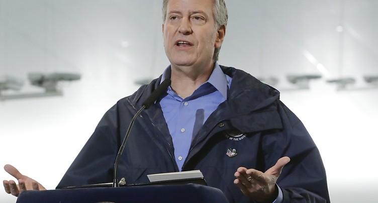 New-York: le maire appelle à se couvrir le visage pour sortir