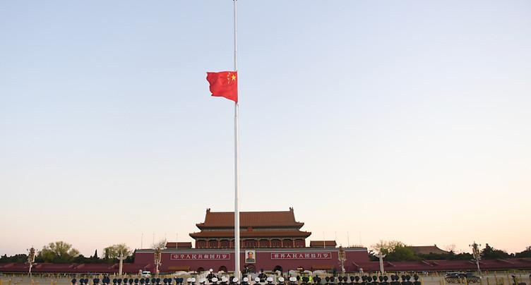 La Chine se fige en hommage aux morts