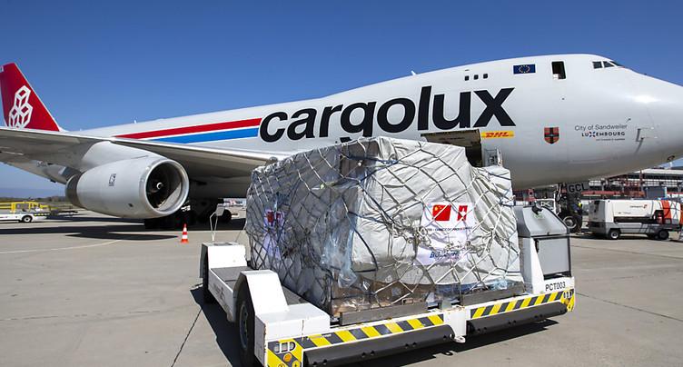 92 tonnes de matériel médical de protection destinés aux soignants