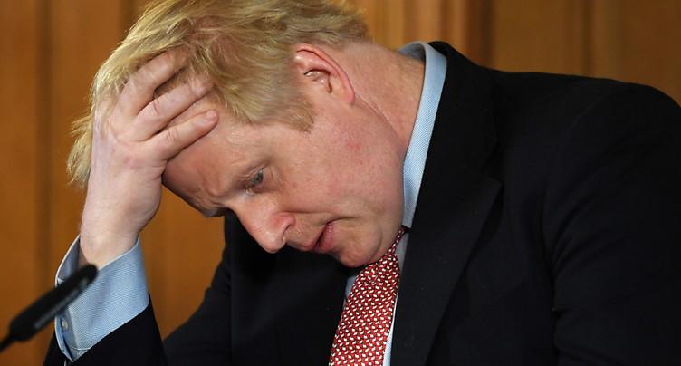 Pas encore « tiré d'affaire », Boris Johnson doit se reposer
