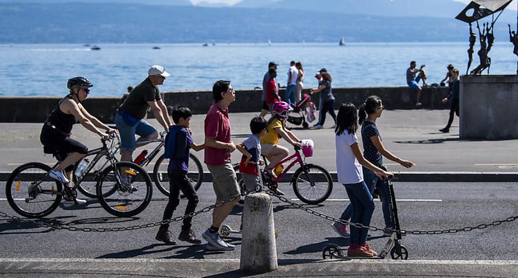 Pentecôte: les Suisses retrouvent un certain farniente estival