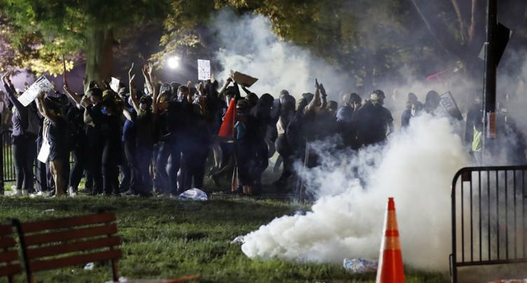 Mort de George Floyd: les villes américaines sous haute tension