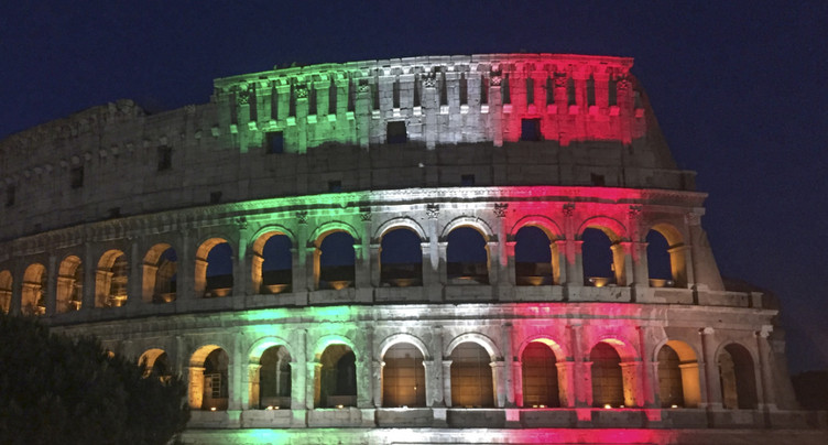 Réouverture timide du Colisée de Rome