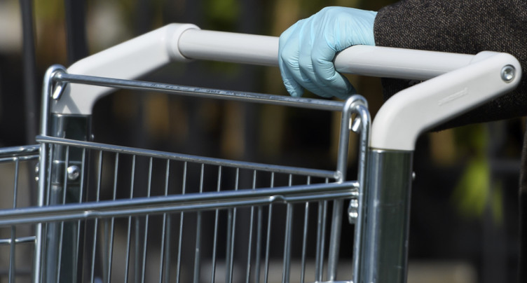Le confinement a élagué les revenus du commerce de détail en avril