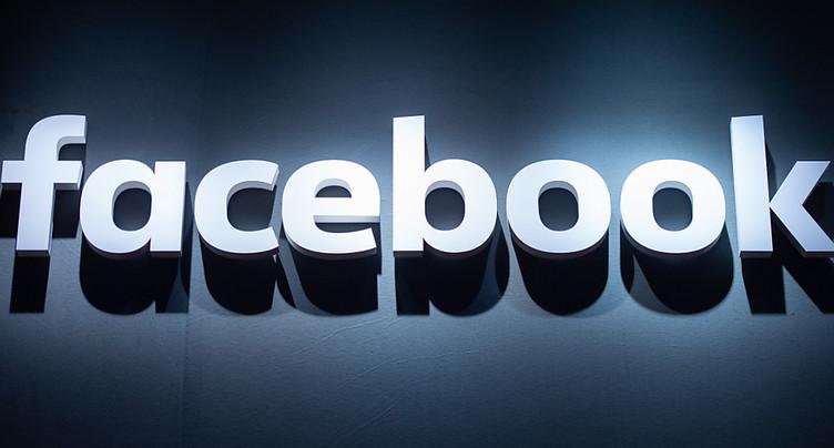 Médias d'Etat: la Chine fustige les mesures de Facebook