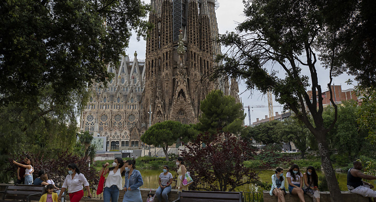La Catalogne confine quelque 200'000 personnes