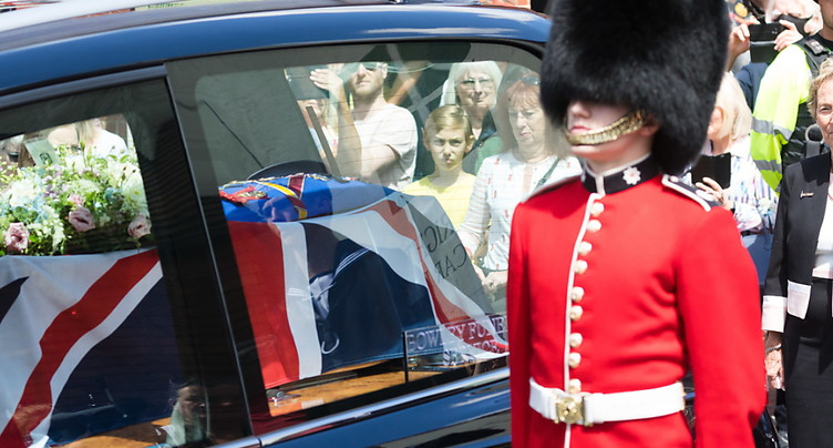 Derniers honneurs pour la « fiancée » des soldats britanniques