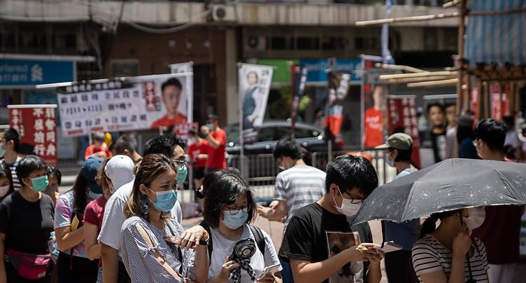 Hong Kong: primaires des pro-démocratie malgré des mises en garde