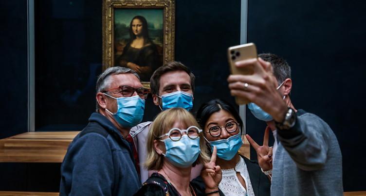 Masque obligatoire dans les lieux publics clos la semaine prochaine