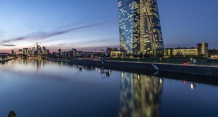 La BCE maintient son programme anti-crise avant le sommet européen