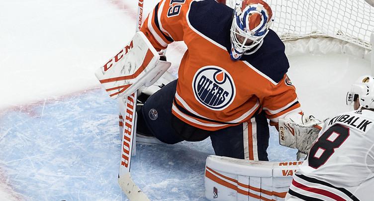 Kubalik brille avec Chicago face à Edmonton