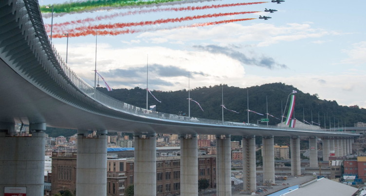 Gênes: deux ans après l'effondrement, le nouveau pont inauguré