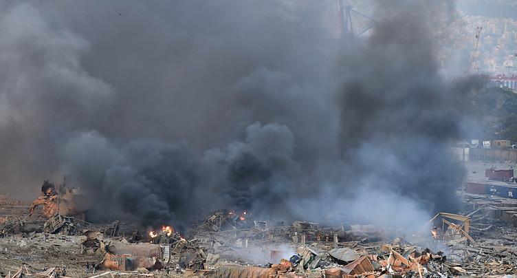 Puissantes explosions à Beyrouth, des dizaines de blessés