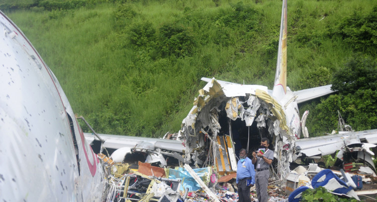 Accident d'avion en Inde: 18 morts et plus de 120 blessés