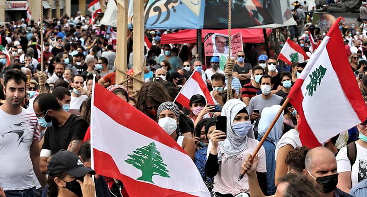 Des Libanais en colère manifestent à Beyrouth