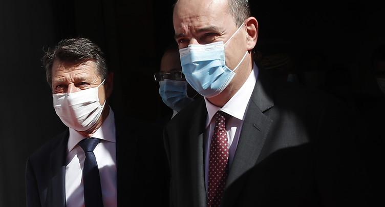 Le gouvernement français hausse le ton face au risque épidémique