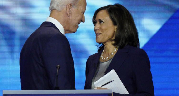 Joe Biden choisit la sénatrice noire Kamala Harris comme colistière