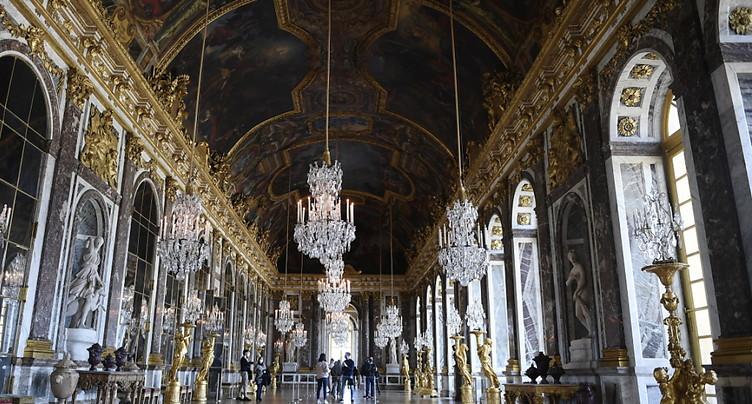 Sans touristes étrangers, la fréquentation de Versailles s'écroule