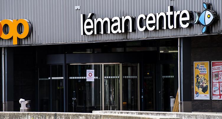 Crissier (VD): une partie du toit de Léman Centre s'effondre