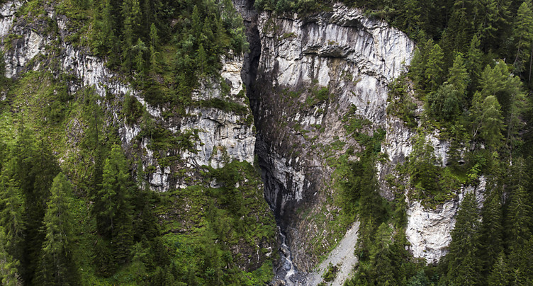 Accident de canyoning: recherches pour retrouver le disparu infructueuses jusqu'ici