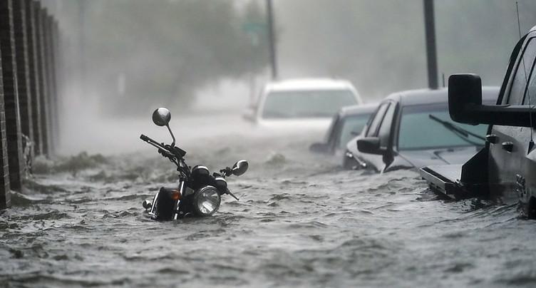 Inondations et coupures de courant: Sally s'abat sur les Etats-Unis