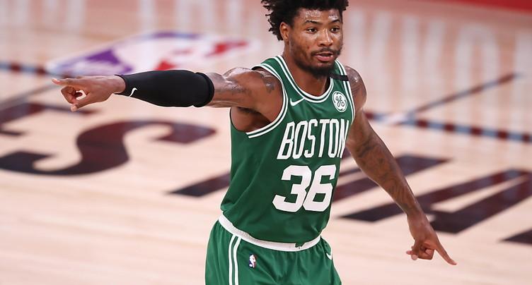 Boston hausse le ton et se relance