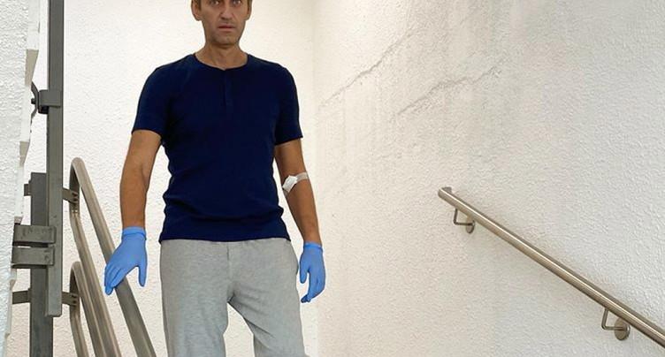 Navalny est sorti de l'hôpital, un rétablissement complet possible