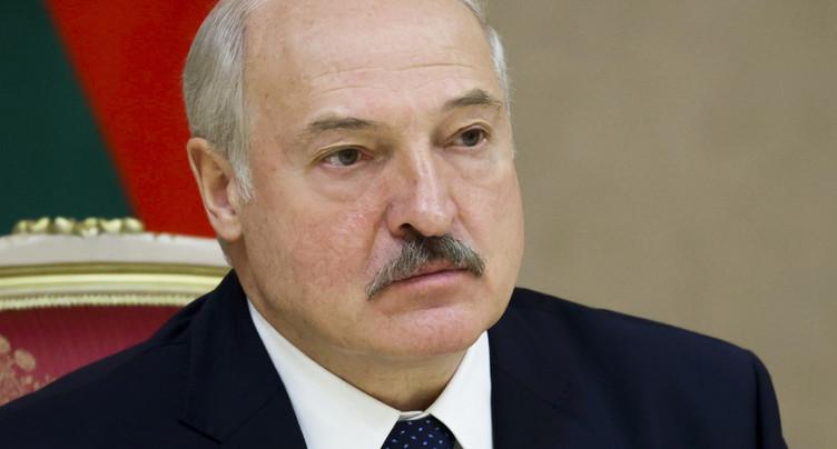 Bélarus: Loukachenko a prêté serment en secret pour un 6e mandat pr