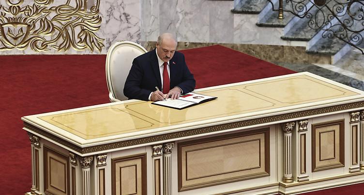 Face à la contestation, investiture en catimini pour Loukachenko