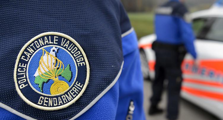 Des jeunes s'en prennent à la police à Aigle (VD)