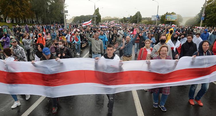 Bélarus: centaines d'arrestations lors d'une nouvelle manifestation