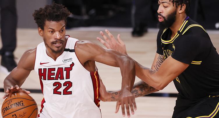 Miami bat les Lakers et arrache un 6e match