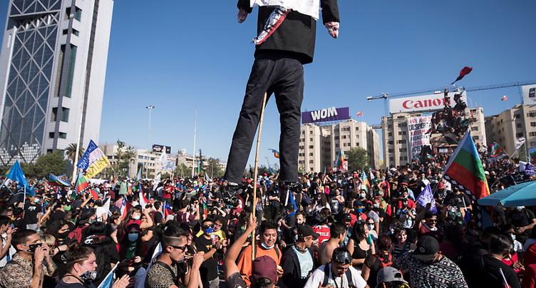 Manifestation pour le 1er anniversaire du soulèvement social