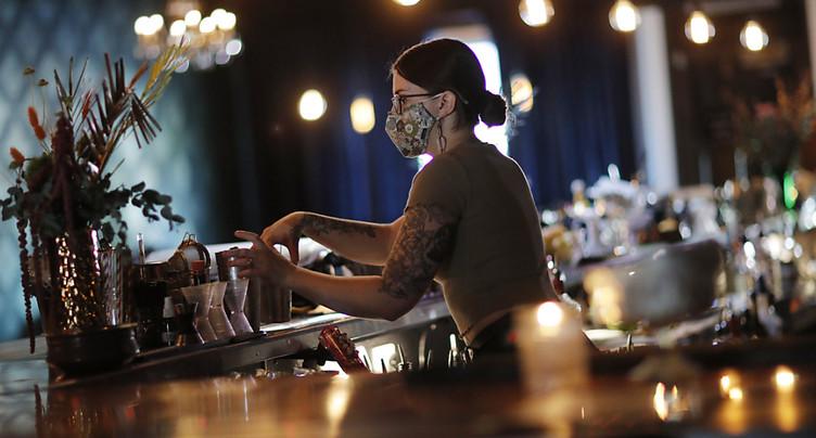 Bars et clubs fermeront à 01h00 dans le canton de Soleure