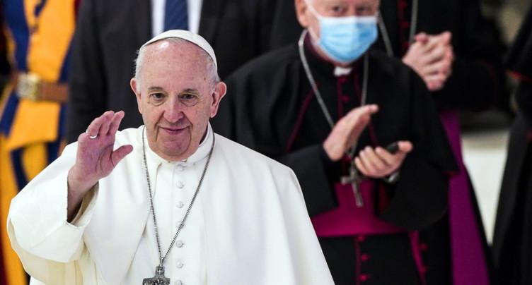Le pape François défend le droit des homosexuels à l'union civile