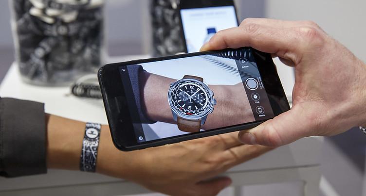 Horlogerie suisse: les magasins l'emportent sur le numérique
