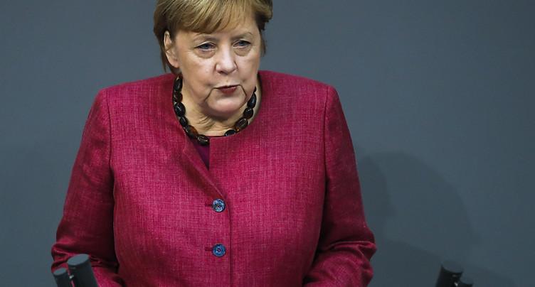 Virus: Merkel met en garde contre « les mensonges et la désinformation »