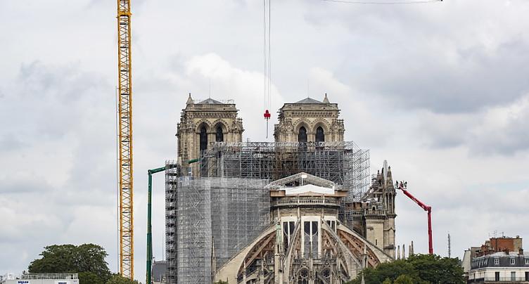 Notre-Dame: le démontage de l'ancien échafaudage est achevé