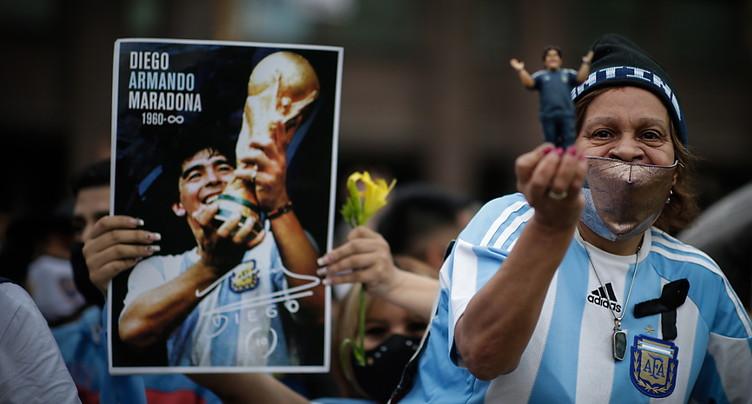En émoi, l'Argentine adresse un dernier adieu à sa légende