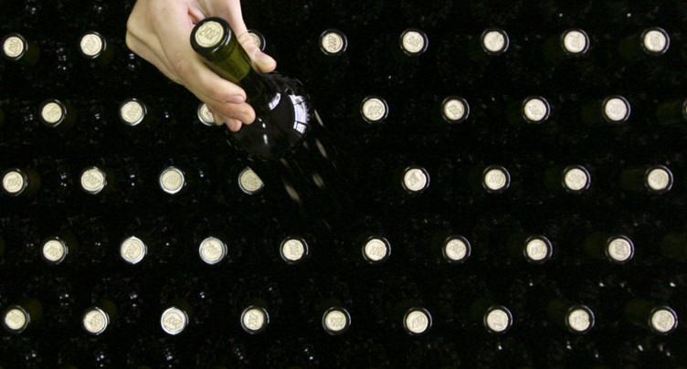 La Chine impose des mesures antidumping sur le vin australien