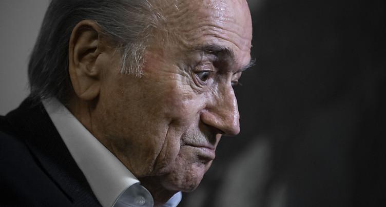 Platini et Blatter désormais poursuivis pour escroquerie en Suisse